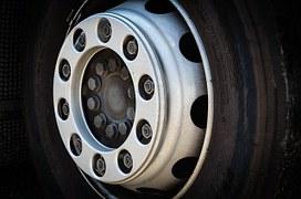 tire-428521__180